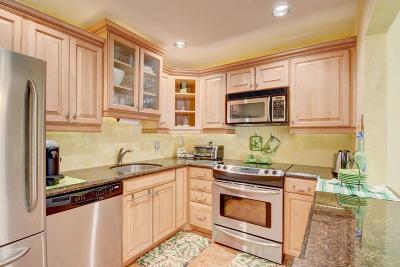 Greenacres Condo For Sale: 421 Pine Glen Lane #C2