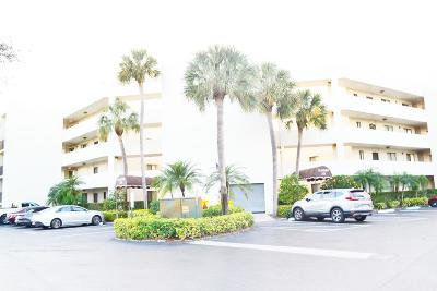 Lake Worth Condo For Sale: 3138 Via Poinciana #101
