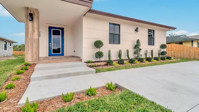 Greenacres Single Family Home For Sale: 212 Broward Avenue