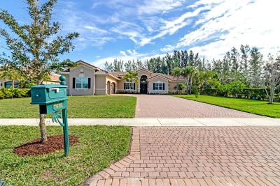 West Palm Beach Single Family Home For Sale: 7630 Maywood Crest Drive