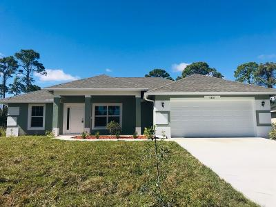 Fort Pierce Single Family Home For Sale: 5807 Spruce Drive