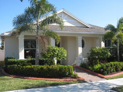 Port Saint Lucie Single Family Home For Sale: 10420 SW Waterway Lane