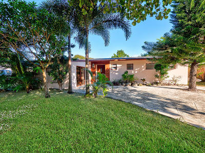 Palm Beach Gardens Single Family Home For Sale: 2303 S Wallen Drive