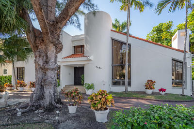 Miami-Dade County Single Family Home For Sale: 7600 Beachview Drive