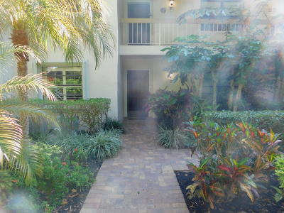 Boynton Beach Condo For Sale: 22 Westgate Lane #E