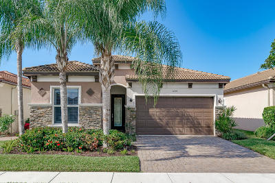 Delray Beach Single Family Home For Sale: 14939 Rapolla Drive