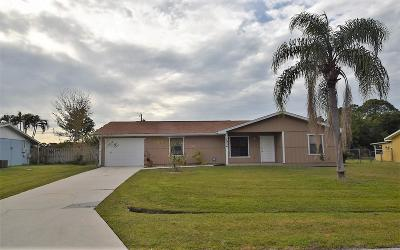 Port Saint Lucie Single Family Home For Sale: 1034 SE Proctor Lane
