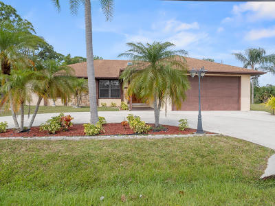 Fort Pierce Single Family Home For Sale: 5401 Hickory Drive