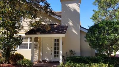 Boynton Beach Townhouse For Sale: 302 Andover Court