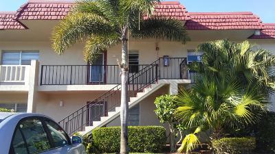 Delray Beach Condo For Sale: 2 Abbey Lane #207
