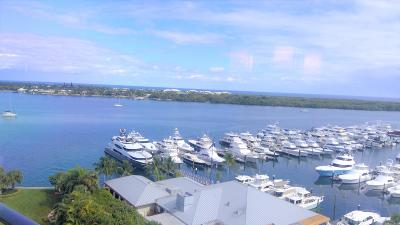 North Palm Beach Condo For Sale: 120 Lakeshore Drive #T36