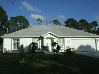 Port Saint Lucie Single Family Home For Sale: 511 NW Selvitz Road