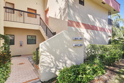 Coconut Creek Condo For Sale: 2809 Carambola Circle S #1981