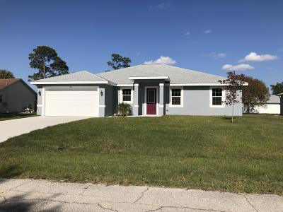 Port Saint Lucie Single Family Home For Sale: 725 SW Hillsboro Circle