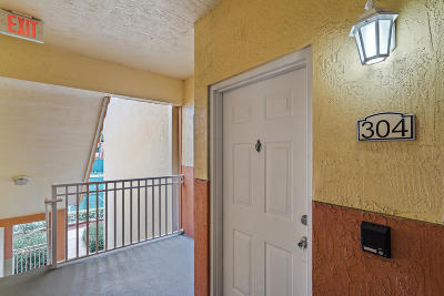 Palm Beach Gardens Condo For Sale: 11026 Legacy Drive #304