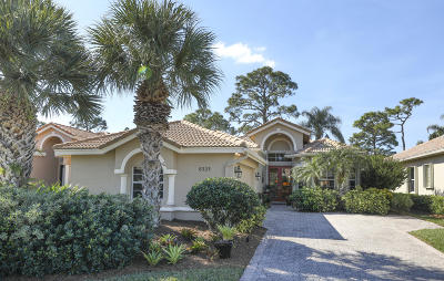 Port Saint Lucie Single Family Home For Sale: 8323 Muirfield Way
