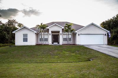 Port Saint Lucie Single Family Home For Sale: 3742 SW Darwin Boulevard