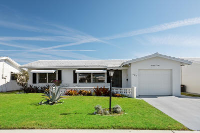 Boynton Beach FL Single Family Home For Sale: $220,000
