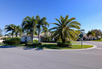 Port Saint Lucie Single Family Home For Sale: 8500 Belfry Place
