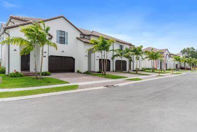 Greenacres Townhouse For Sale: 3193 Santa Catalina Place