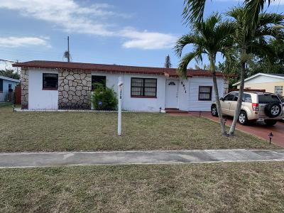 West Palm Beach FL Single Family Home For Sale: $195,000