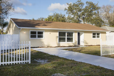 Fort Pierce Single Family Home For Sale: 7508 Santa Barbara Drive