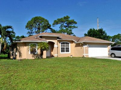 Port Saint Lucie Single Family Home For Sale: 3307 SE May Court
