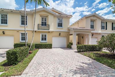 Palm Beach Gardens Townhouse For Sale: 192 Santa Barbara Way