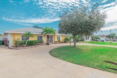 Port Saint Lucie Single Family Home For Sale: 567 SE Euclid Lane