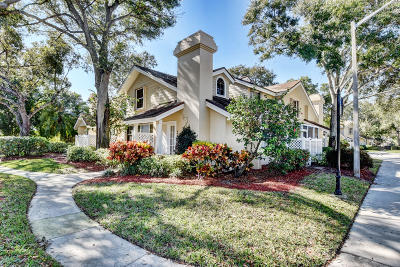 Boynton Beach Townhouse For Sale: 402 Andover Court