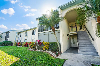 West Palm Beach Condo For Sale: 1118 Green Pine Boulevard #C2