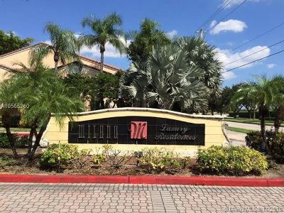 West Palm Beach Condo For Sale: 1749 Village Boulevard #204