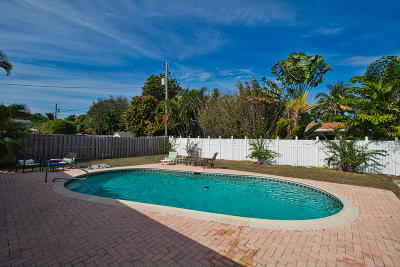 Boca Raton FL Single Family Home For Sale: $399,990