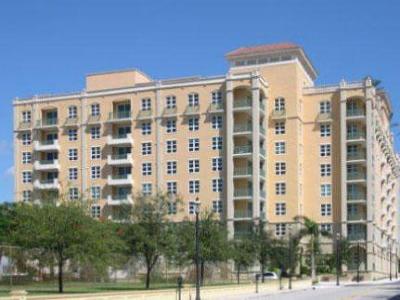 West Palm Beach Rental Contingent: 403 S Sapodilla Avenue #317