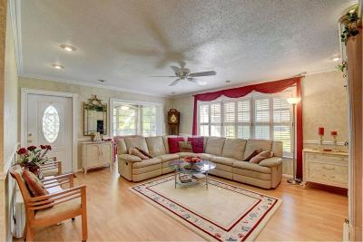 Delray Beach FL Condo For Sale: $113,000