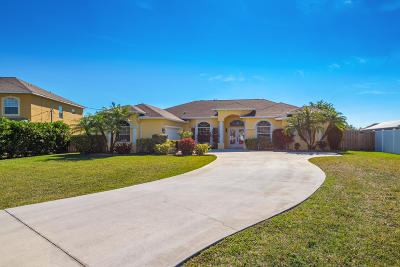 Port Saint Lucie Single Family Home For Sale: 5836 NW Arley Court