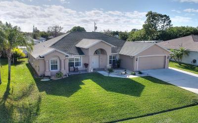 Port Saint Lucie Single Family Home For Sale: 2717 SE Kern Road