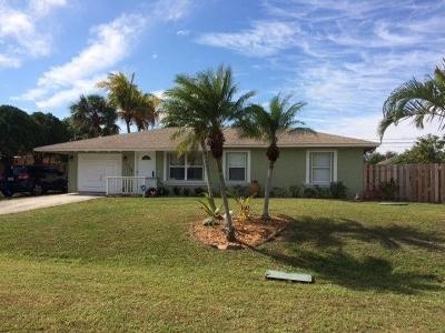 Port Saint Lucie Single Family Home For Sale: 1114 SW Del Rio Boulevard