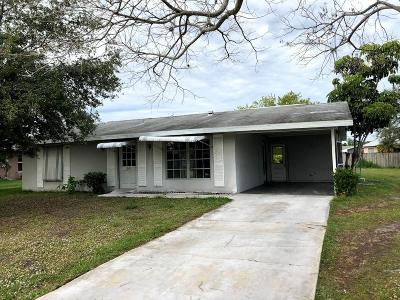 Port Saint Lucie Single Family Home For Sale: 685 SE Chapman Avenue