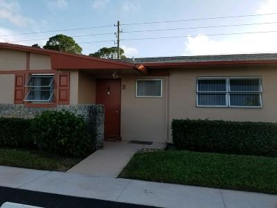 West Palm Beach Single Family Home For Sale: 2961 Crosley Drive W #B