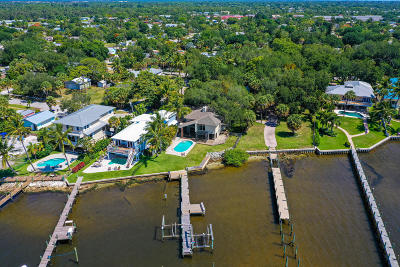 Jensen Beach Single Family Home For Sale: 776 NE River Terrace