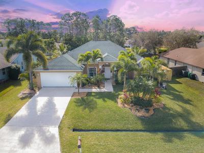 Port Saint Lucie Single Family Home For Sale: 1626 SW Starman Avenue
