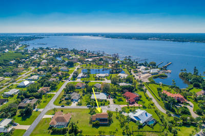 Stuart Single Family Home Contingent: 2555 NW Captiva Cove