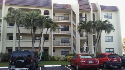 West Palm Beach Condo For Sale: 140 Lake Nancy Lane #115