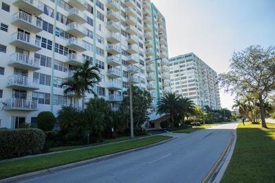 Miami-Dade County Condo For Sale: 2150 Sans Souci Boulevard #B811