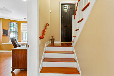 Delray Beach Townhouse Contingent: 380 W Mallory Circle