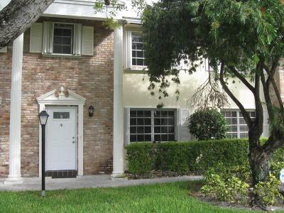 Boca Raton FL Townhouse For Sale: $259,900