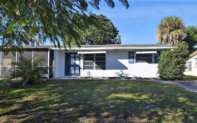 Stuart Single Family Home For Sale: 436 SE Fini Drive