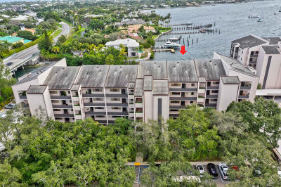 North Palm Beach Condo For Sale: 11370 Twelve Oaks Way #317