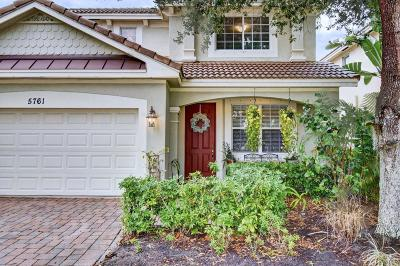 Hobe Sound Single Family Home For Sale: 5761 SE Crooked Oak Avenue